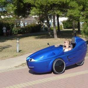 cab-bike-hawks-hell-blue-09